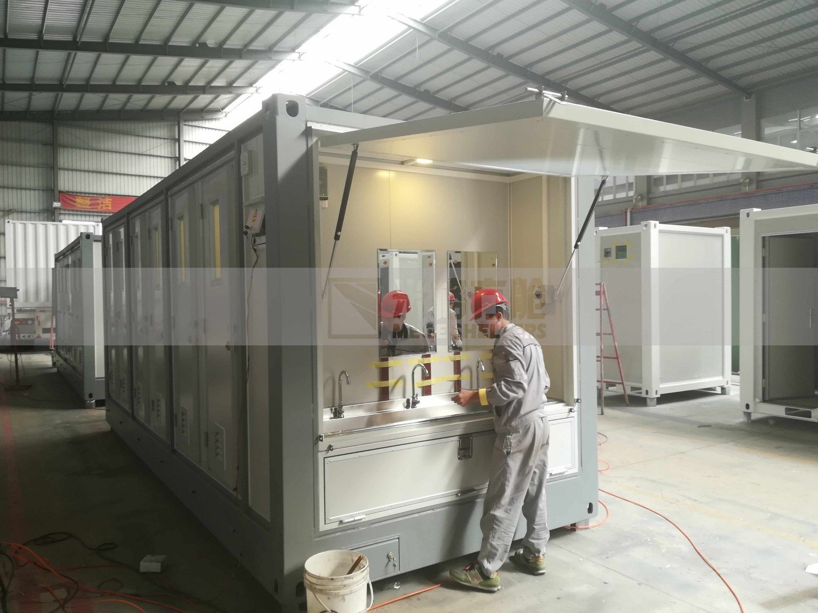 honeycomb shipping container homes trailer rv MEGE Brand