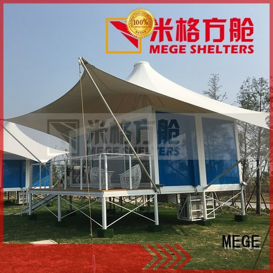 bar MEGE shipping container homes